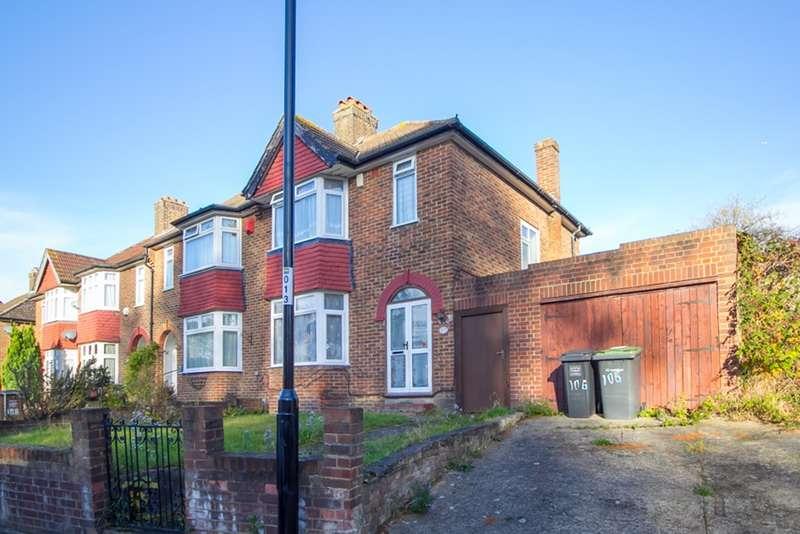 3 Bedrooms Semi Detached House for sale in South Park Crescent, London, London, SE6