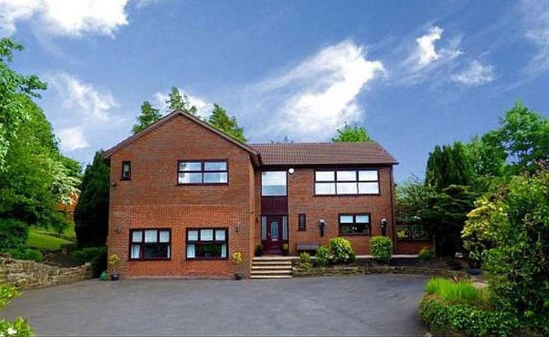 4 Bedrooms Detached House for sale in Fairview, 21 Highlands Road, Royton