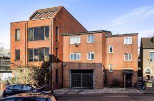 1 Bedroom Flat for sale in Canterbury Road, Croydon