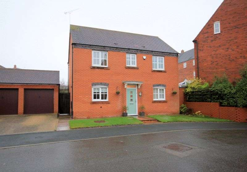 3 Bedrooms Detached House for sale in Joules Drive, Stone