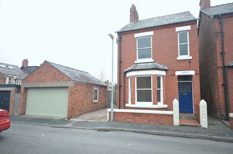 3 Bedrooms Detached House for sale in Grange Road, Vicars Cross, Chester