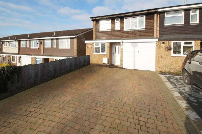 3 Bedrooms End Of Terrace House for sale in Charlesworth Close, Hemel Hempstead