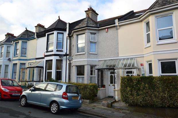 2 Bedrooms Terraced House for sale in Beresford Street, Plymouth, Devon