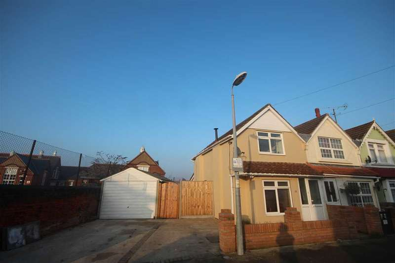 2 Bedrooms End Of Terrace House for sale in Castle Road, Clacton-On-Sea