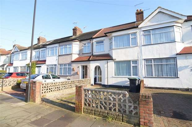 3 Bedrooms Terraced House for sale in Bradley Road, Enfield, Greater London