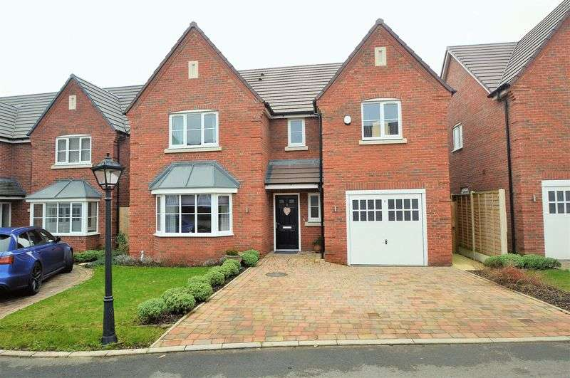 4 Bedrooms Detached House for sale in Gateacre Drive * Astwood Bank * B96 6DW
