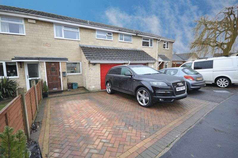 3 Bedrooms Terraced House for sale in Beverley Close, Frome