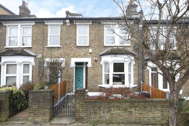 1 Bedroom Flat for sale in Fairthorn Road London SE7