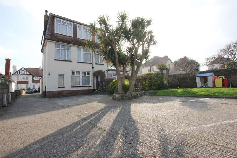 8 Bedrooms Semi Detached House for sale in Upper Morin Road, Preston