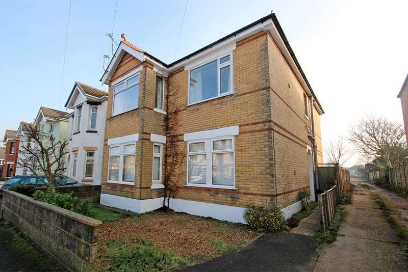 2 Bedrooms Apartment Flat for sale in Sunnyhill Road, Southbourne, Bournemouth