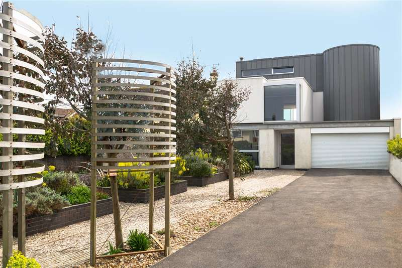 6 Bedrooms Detached House for sale in Old Fort Road, Shoreham-By-Sea