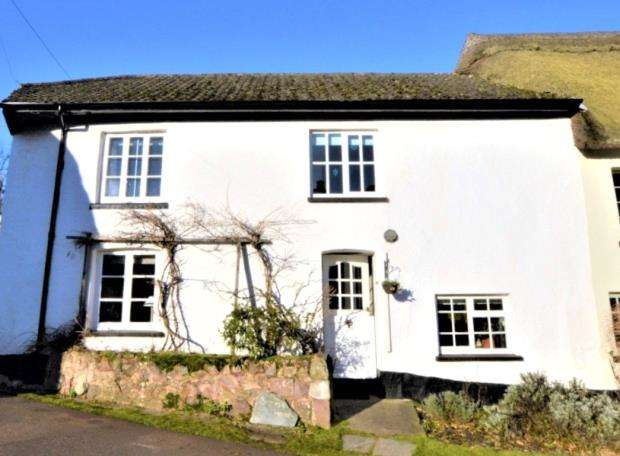 4 Bedrooms Semi Detached House for sale in Coleford, Crediton, Devon