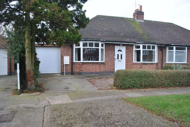 2 Bedrooms Semi Detached Bungalow for sale in Walney Road, York