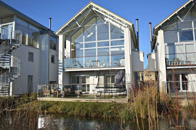 5 Bedrooms Detached House for sale in Bittern Lodge, Howells Mere, Lower Mill Estate, Cirencester