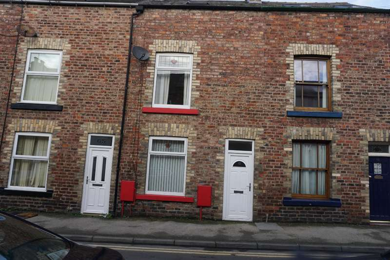 3 Bedrooms Terraced House for sale in Nelson Street, Scarborough, YO12 7TA