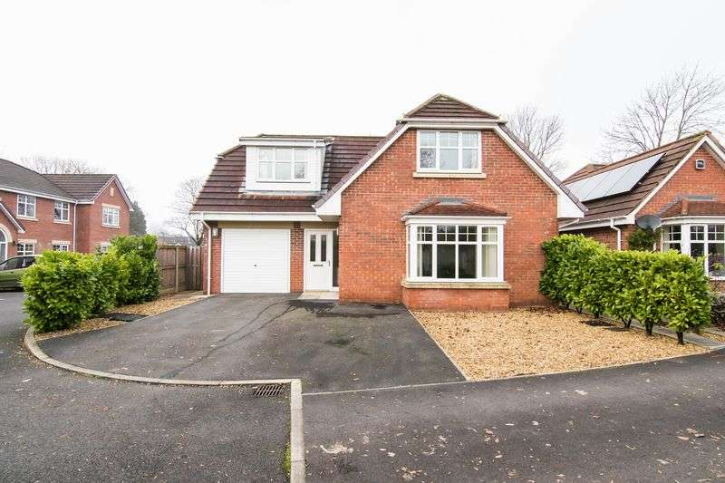 3 Bedrooms Detached House for sale in Slater Court, Leyland