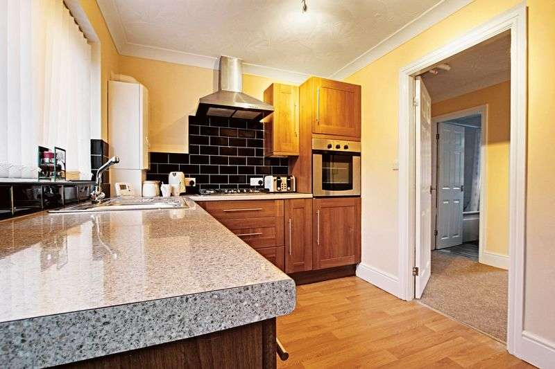 3 Bedrooms Bungalow for sale in Plantation Close, Beverley