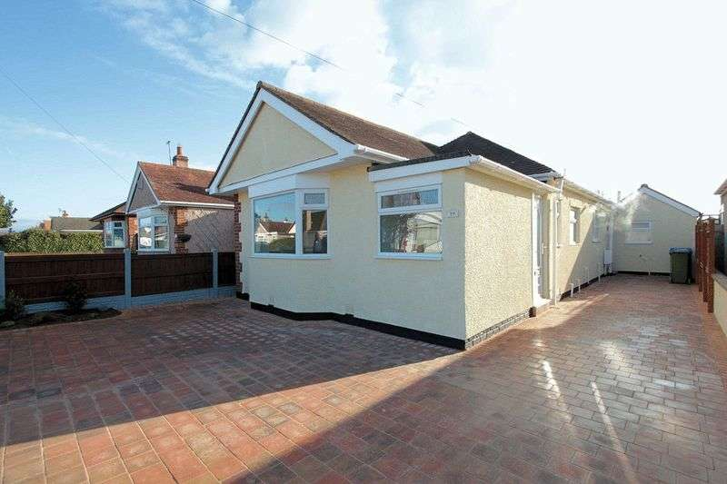 4 Bedrooms Detached Bungalow for sale in Shaun Drive, Rhyl