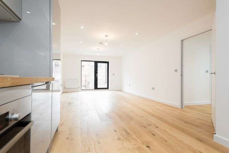 1 Bedroom Property for sale in Stunning new development in Royal Borough of Greenwich, 18 minutes from London Bridge!