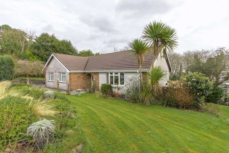 3 Bedrooms Detached Bungalow for sale in Hillside Road, St. Austell