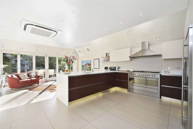 6 Bedrooms Terraced House for sale in Rosehill Road, London, SW18