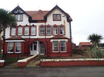 1 Bedroom Flat for sale in Maelgwyn Road, Llandudno, Conwy, LL30