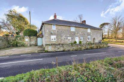 4 Bedrooms Detached House for sale in Whitwell, Ventnor, Isle Of Wight