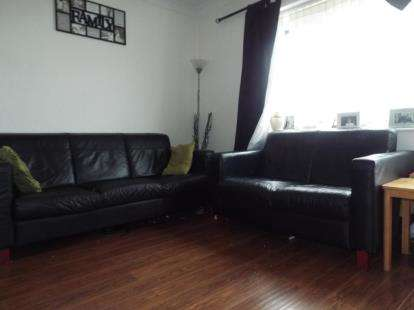 3 Bedrooms Flat for sale in Aveley, South Ockendon, Essex