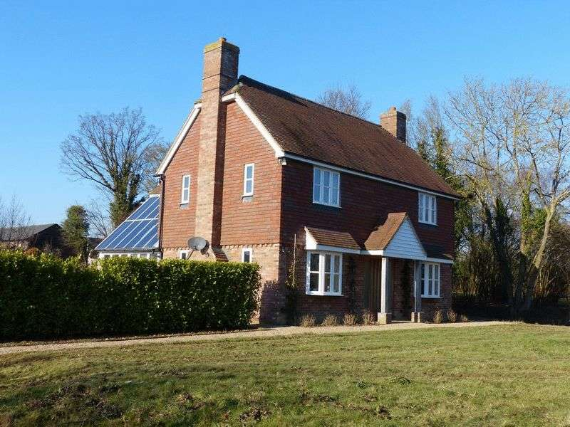 5 Bedrooms Property for sale in Goudhurst Road, Marden