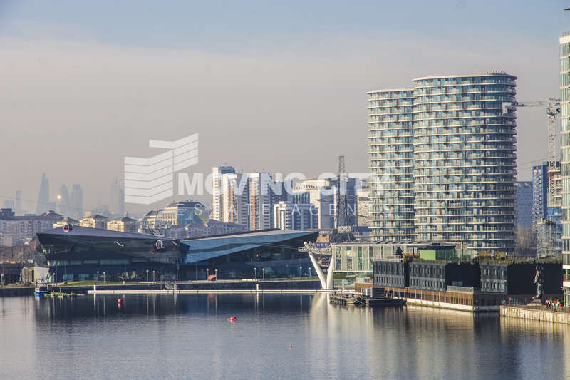 2 Bedrooms Flat for sale in Hoola (East Tower), Royal Victoria Docks, Docklands