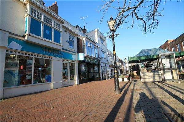 6 Bedrooms Maisonette Flat for sale in High Street, Poole Town Centre, Poole