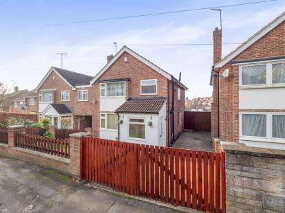 3 Bedrooms Detached House for sale in South View Road, Carlton, Nottingham