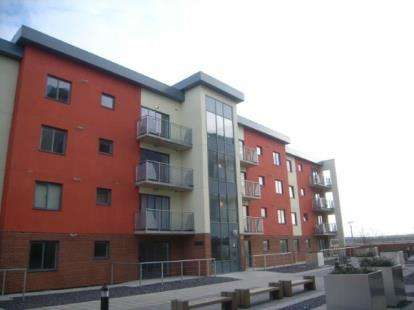 2 Bedrooms Flat for sale in Spring Place, Barking
