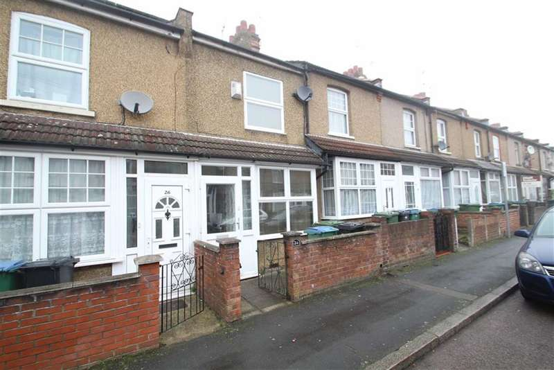 3 Bedrooms Property for sale in Pretoria Road, Watford
