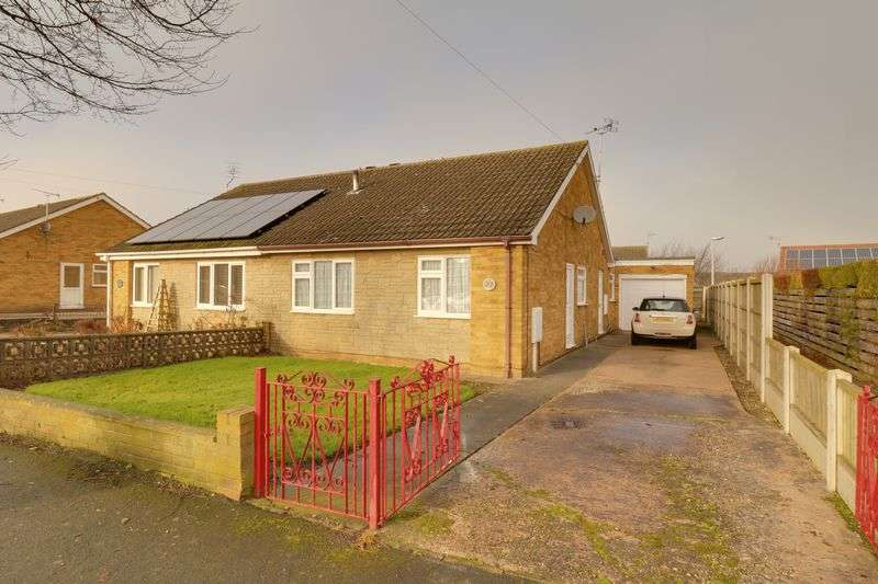 3 Bedrooms Semi Detached Bungalow for sale in Eastfield Road, Epworth