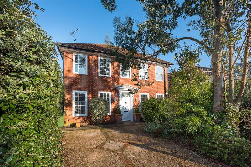 3 Bedrooms Detached House for sale in The Mall, East Sheen, London, SW14
