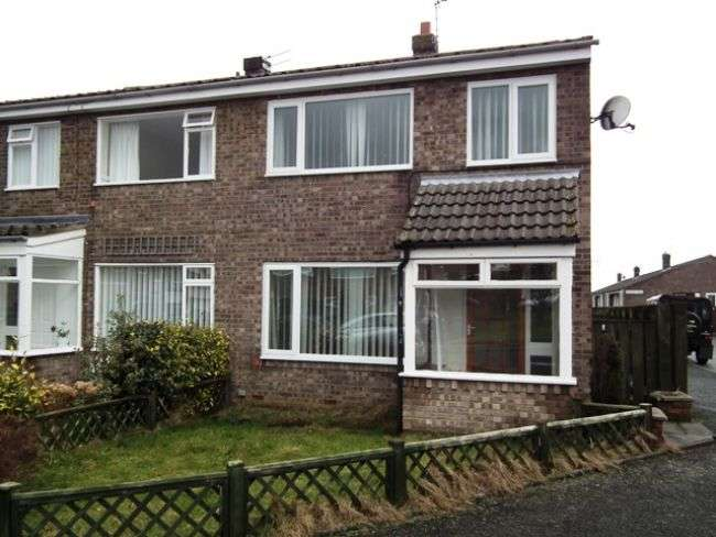 3 Bedrooms Semi Detached House for sale in Chevington Close, Pegswood, Morpeth - Three Bedroom Semi Detached House