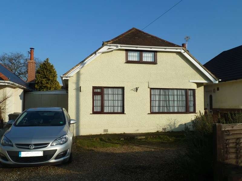 4 Bedrooms Bungalow for sale in Durdells Avenue, Bear Cross, BOURNEMOUTH