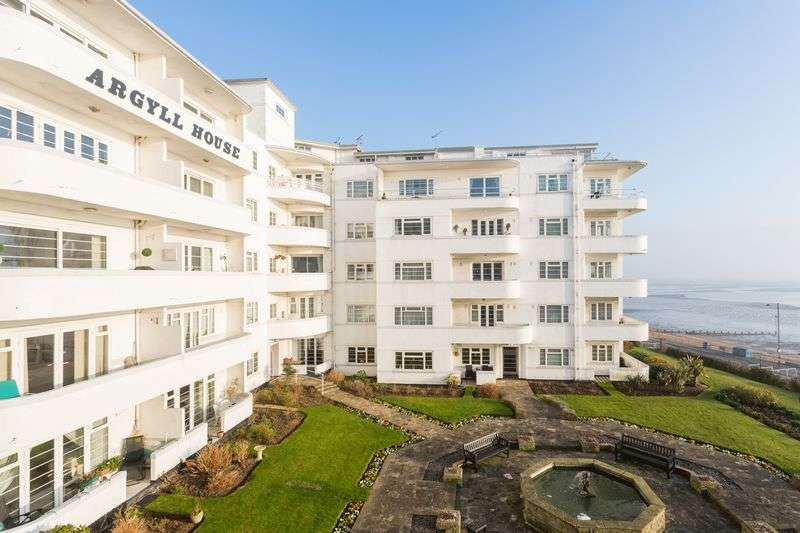 2 Bedrooms Flat for sale in Argyll House, Westcliff-On-Sea