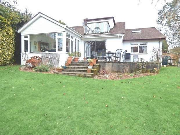 5 Bedrooms Detached Bungalow for sale in Towns Lane, Loddiswell, Kingsbridge, Devon
