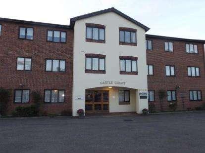 1 Bedroom Flat for sale in 35 Castle Road, Clacton-On-Sea, Essex