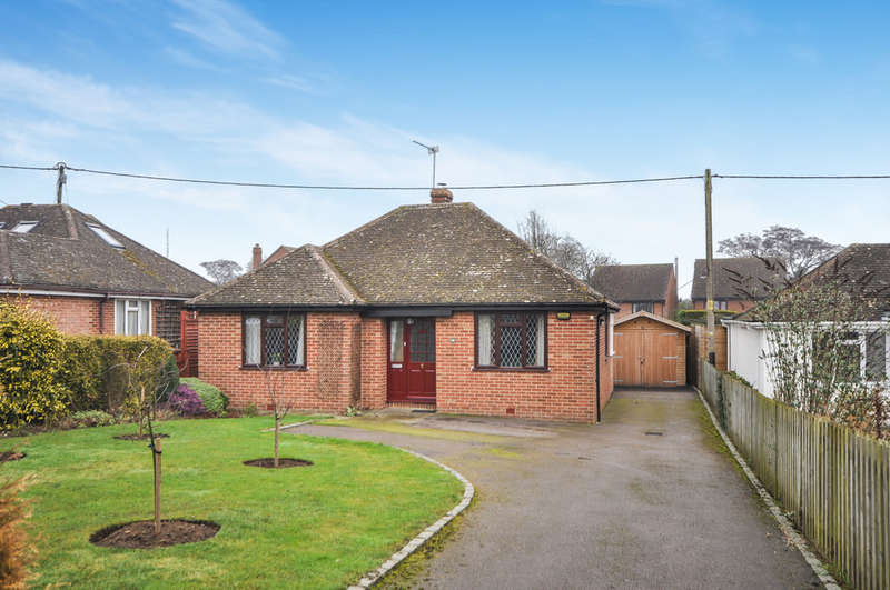 2 Bedrooms Detached Bungalow for sale in Ickford Road, Tiddington, Thame