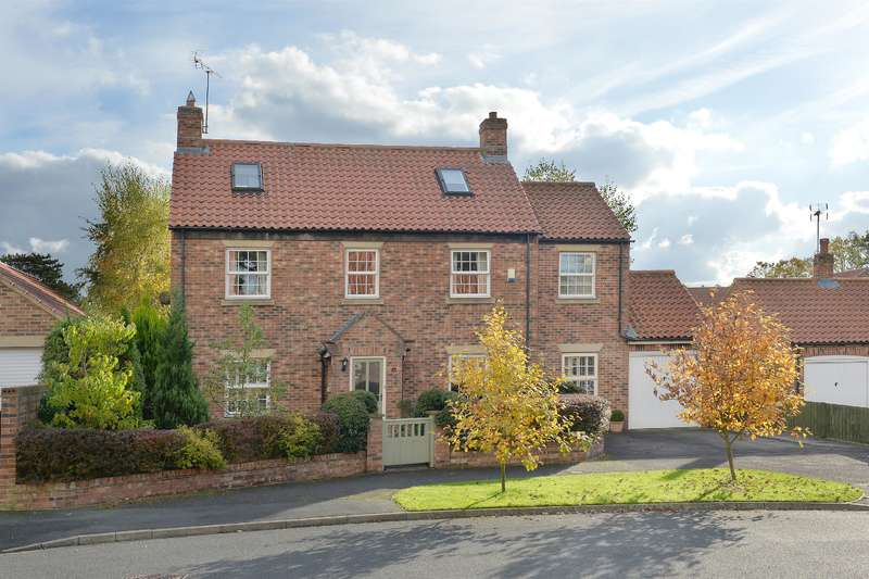 4 Bedrooms Detached House for sale in Back Lane, Whixley, York, YO26 8BG