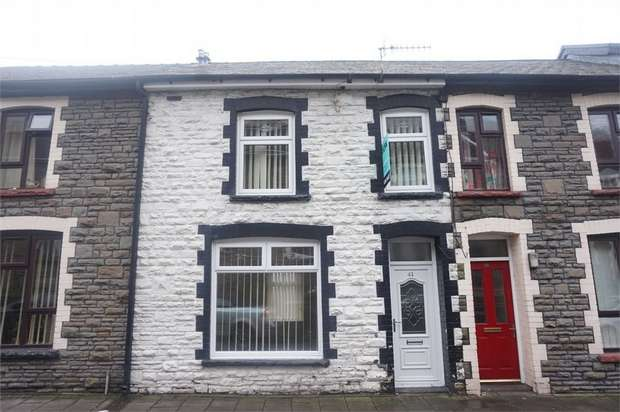 3 Bedrooms Terraced House for sale in Jubilee Road, New Tredegar, Caerphilly