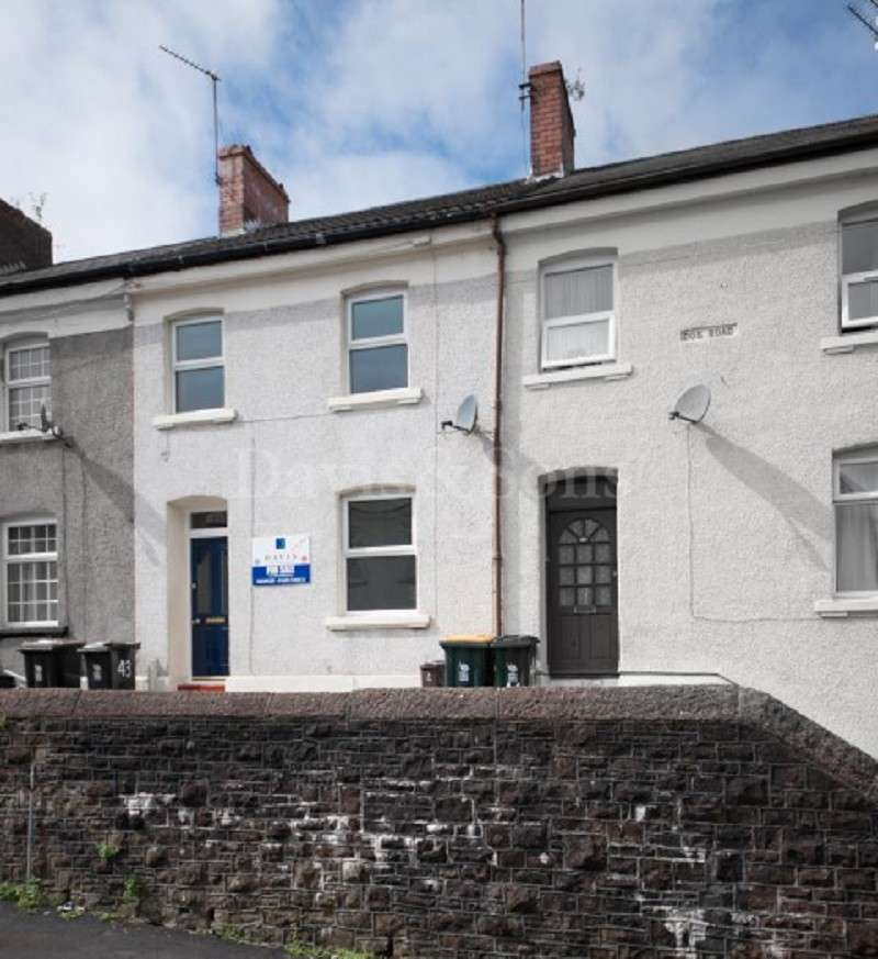 2 Bedrooms Terraced House for sale in Dos Road, Off Barrack Hill, Newport. NP20 5FJ