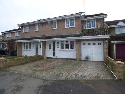 3 Bedrooms Semi Detached House for sale in Roman Road, Abbeymead, Gloucester, Gloucestershire