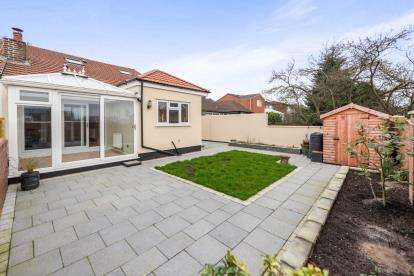 3 Bedrooms Bungalow for sale in Grange Lane, Gateacre, Liverpool, Merseyside, L25