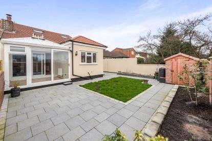 3 Bedrooms Bungalow for sale in Grange Lane, Gateacre, Liverpool, Merseyside, L25