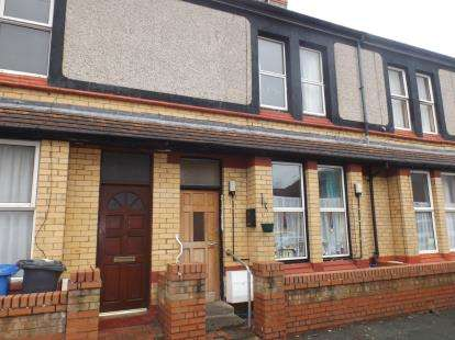 3 Bedrooms House for sale in Balmoral Grove, Rhyl, Denbighshire, LL18