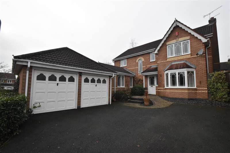 4 Bedrooms Property for sale in Charlotte Bronte Drive, Droitwich